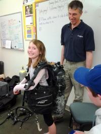 volunteers Phil with Kaitlin